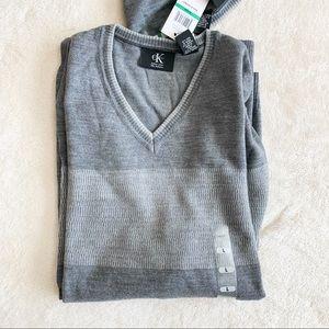 NWT Calvin Klein CK Men's V Neck Wool Sweater